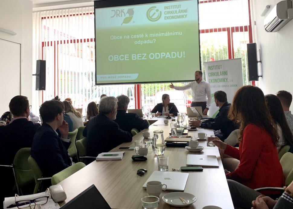 Na konferenci v prostorách MŽP odstartoval projekt Obce bez odpadu