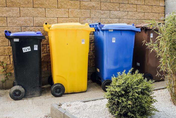 nádoby na odpad s QR kódem